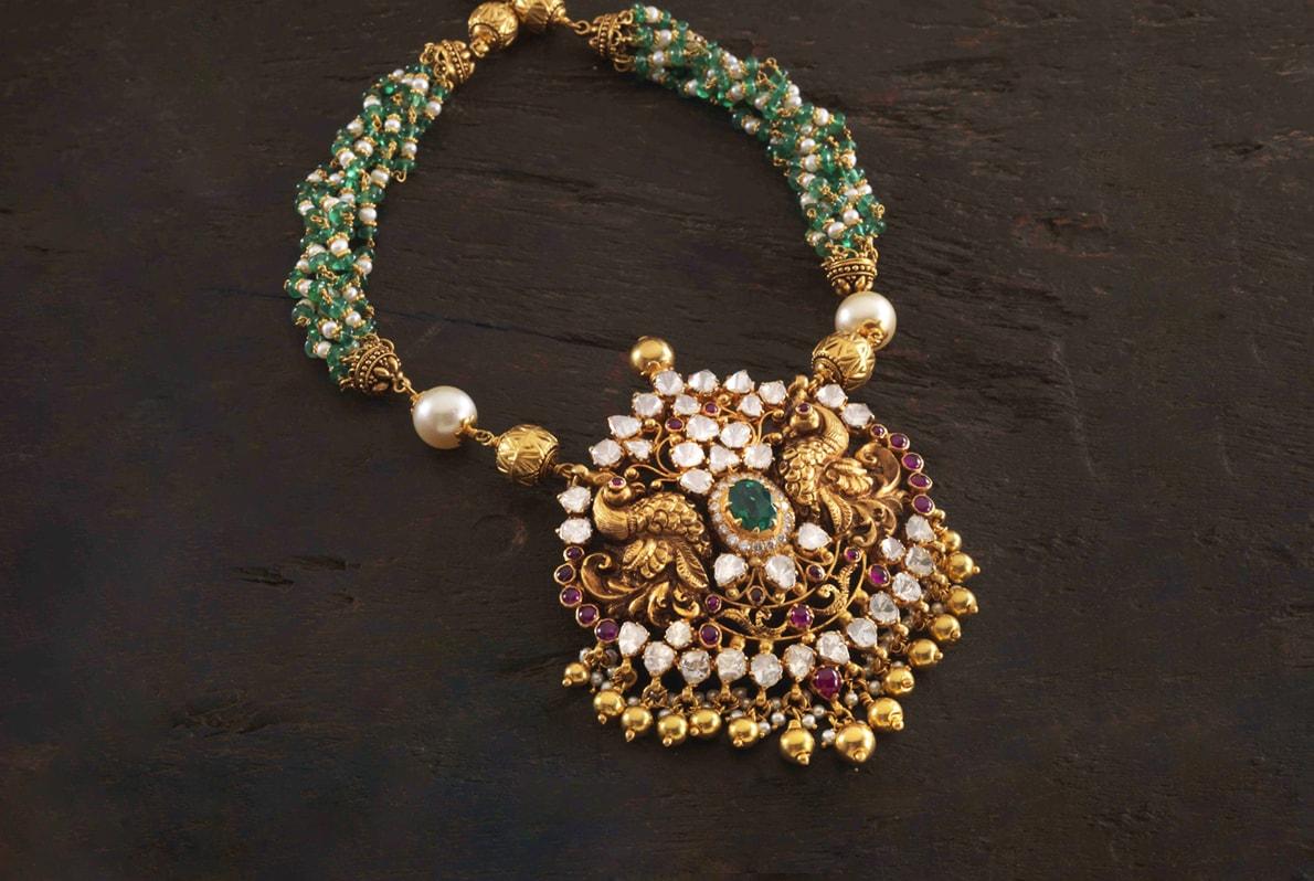 Peacocks_Gemstones_Necklace